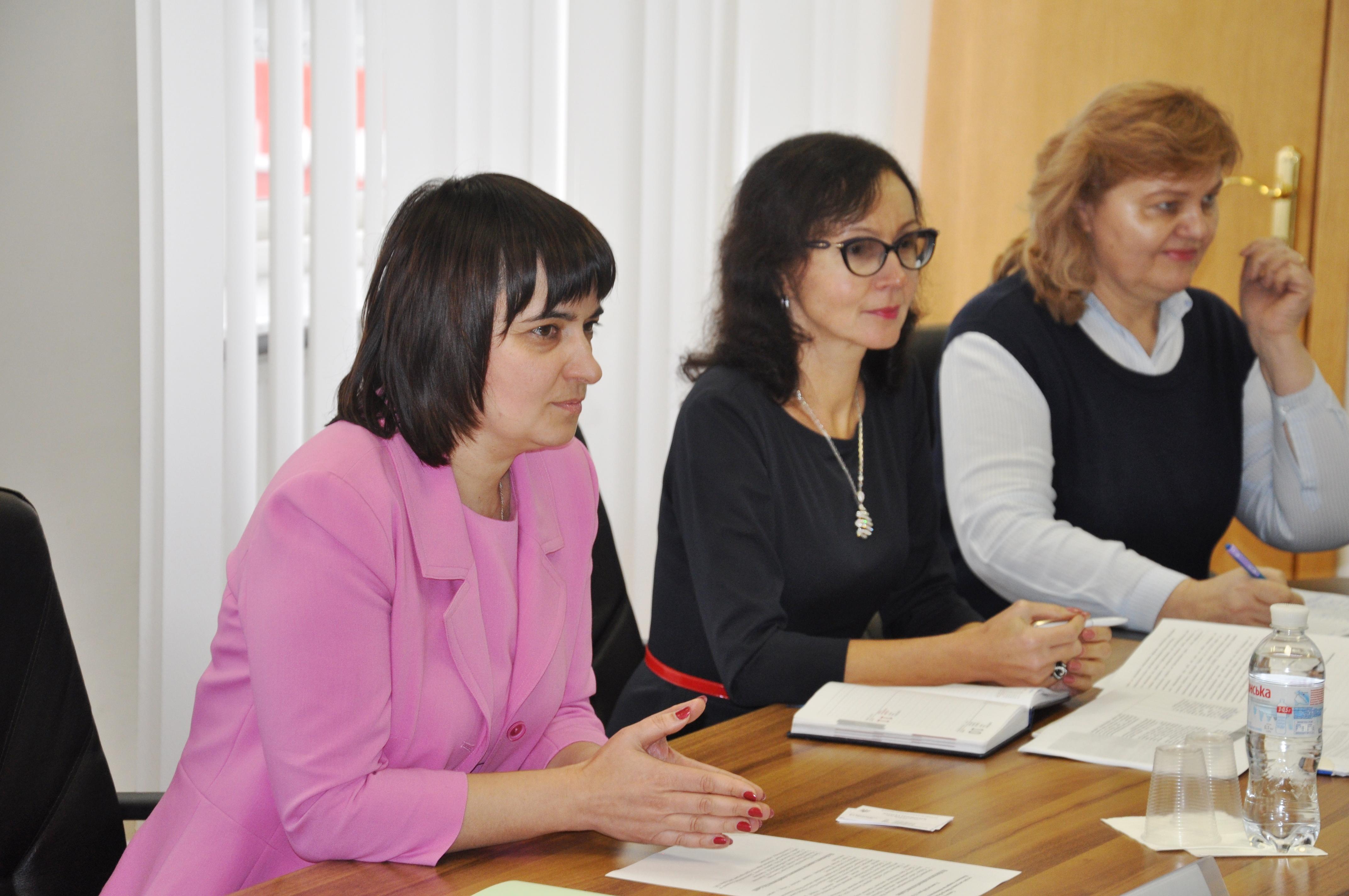 У Мінсоцполітики обговорили підготовку проекту для подолання наслідків збройного конфлікту на сході України